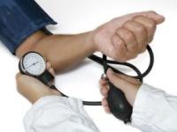 最高血圧120mmHg台でも高血圧に? (shutterstock.com)