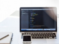 【例文つき】ソフトウェア・通信業界を目指す就活生のための志望動機の書き方