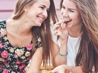 女子大生が教える、彼氏持ちゼロの女子会あるある9選「理想の男子を語る」
