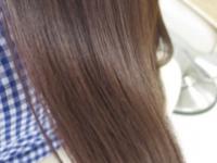 グレイカラーと上手に付き合おう。大人の正しい白髪染め方法。