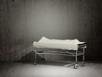 病院での自殺は家族ばかりか看護師の心にも傷を残す (depositphotos.com)