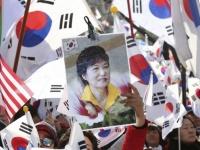 朴槿恵大統領の罷免に揺れる韓国(写真:AP/アフロ)