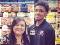 自閉症の男性の願いをこころよく受け入れたスーパーマーケットの店員(アメリカ)