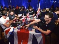 優勝者はシリコンバレーで開催予定のワールドファイナルズに出場、 賞金USD $100,000を獲得するチャンス!