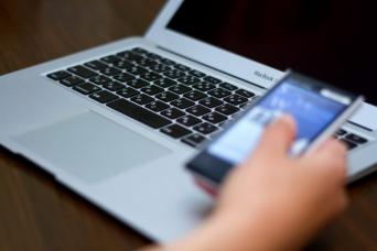 現代人はデジタル機器にふりまわされている!?