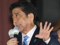 2017年衆議院選挙、安倍首相が街頭演説(日刊現代/アフロ)