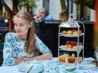 食を愉しむフランス人はスリム? jaspe/PIXTA(ピクスタ)