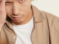 『Domani』8/9月号(小学館)の「ワー/ママの心をざわつかせている旬のメンズたち」特集に登場した賀来賢人