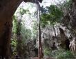 人類最古、7万8000年前の墓がケニアで発見される。中には3歳の子供の遺骨