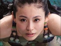 ※イメージ画像:本仮屋ユイカ写真集『maururu(マウルル)』ワニブックス