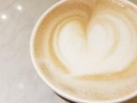 実はぜんぜん違うんです! 大学生に聞いた、カフェラテとカフェオレどっちが好き?