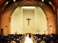 一番の悩みの種ともいえる結婚式の費用。失敗しないポイントとは?