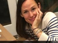 ジェニファー・ガーナー、インスタグラムのフォロワーにクッキーをプレゼント!?