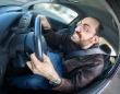 車の運転で引き起こされるストレス反応を発見。自覚がなくても半数近くに「過覚醒」が生じることが判明