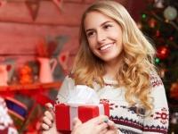 恋人じゃない女子とクリスマスデートをしたことのある男子は5%のみ! やっぱり彼女じゃないとしないもの?