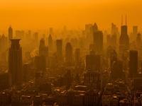 深刻な大気汚染がすすむ中国・上海(「Thinkstock」より)