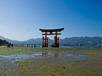 辛い恋愛をしている人必見! 日本全国「縁切り」スポット5選「厳島神社」「満徳寺」