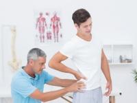 何より大事なのは医師と患者との信頼関係(shutterstock.com)