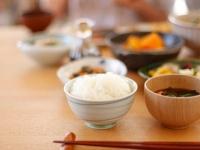 実家暮らし大学生が家で晩御飯を食べる頻度は? 「ほぼ毎日」が70.3%