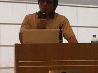 講演で拘束の実態について語る沖縄在住の芥川賞作家・目取真俊氏