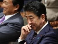 安倍首相(日刊現代/アフロ)