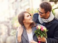 <3月の恋愛運>4月生まれは年上の人とご縁あり!7月生まれは停滞期!?【恋占ニュース】