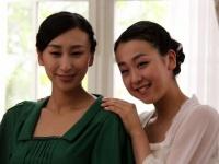 浅田舞(左)と浅田真央(右)