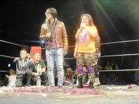 東京03・豊本明長と女子プロレスラーのミス・モンゴル