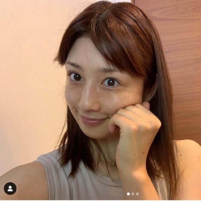 小倉優子、すっぴん顔を披露もネット賛否「可愛い」「承認欲求強すぎる ...
