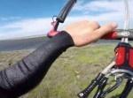 縦横無尽に世界を駆け抜けるスポーツ『カイトサーフィング』が超クール