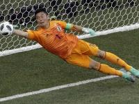 2018 FIFA W杯 前半に川島がファインセーブ(写真:AP/アフロ)