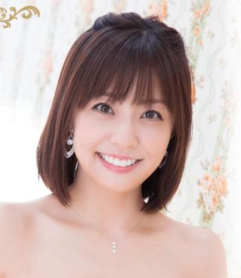 小林麻耶オフィシャルブログ「まや 道」より