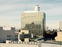 『ブラタモリ』での草なぎのナレーションも継続が決定(NHK本部センタービル)