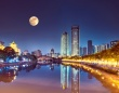 2020年に「人工月」を打ち上げる計画を発表。本物の月の8倍の明るさで街灯の代わりに(中国)