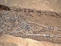 スンギールで出土した遺骸 画像は「Wikipedia」より