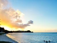 夏はビーチで彼氏ゲット! 海で男性にナンパされる方法4選