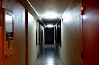 深夜のインターホンに恐怖(画像はイメージ)