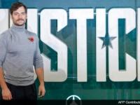 『ジャスティス・リーグ』でカットされた、黒のスーパーマンスーツの登場シーンが公開