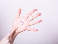 【手相】占い師に聞く! 恋愛にも大きく影響する感情線の見方