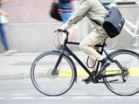 """ダイエットの""""近道""""は自転車で(shutterstock.com)"""