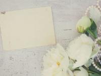 結婚式の招待状、返事の書き方はどうすればいい? 文例をチェック