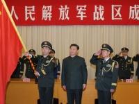 習近平国家主席と中国人民解放軍(写真:新華社/アフロ)
