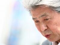 新宿で都知事選の街頭演説を行う鳥越俊太郎氏(写真:伊藤真吾/アフロ)