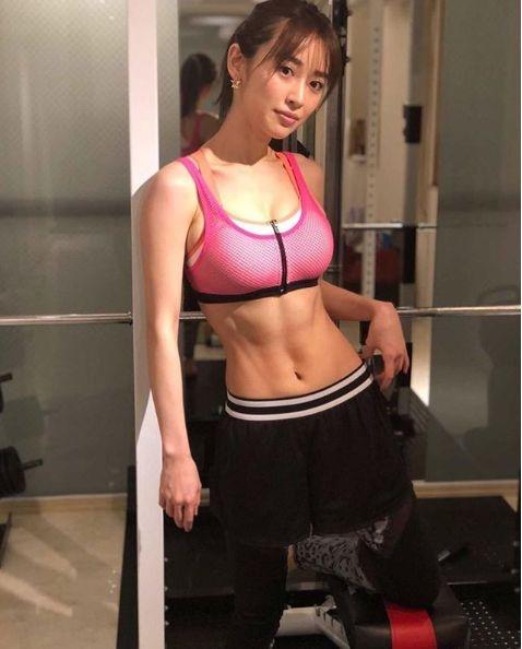 ※画像は泉里香のインスタグラムアカウント『rika_izumi_』より