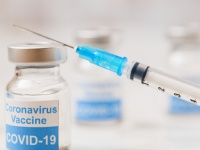 ワクチン接種「ムダ死に」慟哭の闇実態(3)30代以下は接種の必要なし