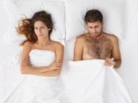 アブノーマルなAVの見過ぎで普通のセックスでは勃起しない(depositphotos.com)