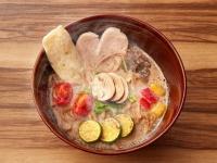 ソラノイロ京橋店『キノコのベジ白湯ソバ』