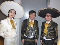 (左から)のん、片渕須直監督、真木太郎プロデューサー。