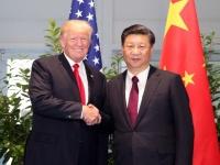 アメリカのドナルド・トランプ大統領(左)と中国の習近平国家主席(右)(写真:新華社/アフロ)
