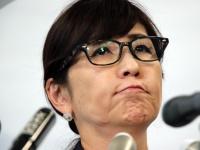 自衛隊発言巡り謝罪する稲田朋美防衛大臣(つのだよしお/アフロ)